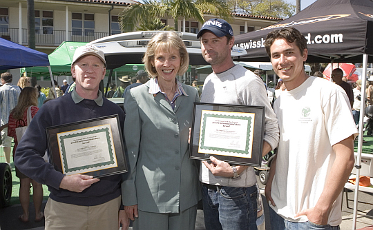 Four people accepting awards to CalCars.org in Santa Barbara, April 2008.
