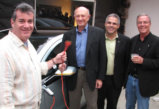 GM Volt, Coulomb at Plug-in-America Party Sept 27, 2008