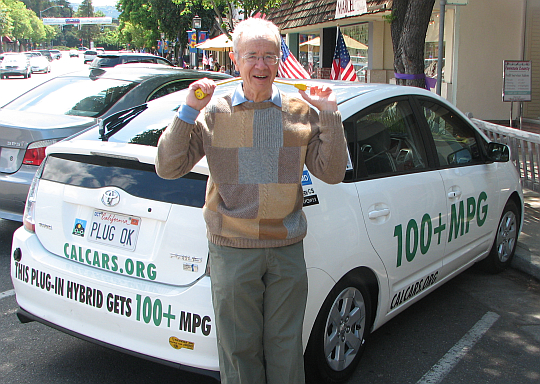 Andy Grove, former CEO of Intel, in front of Felix Kramer's Prius, in Los Altos, May 2008.