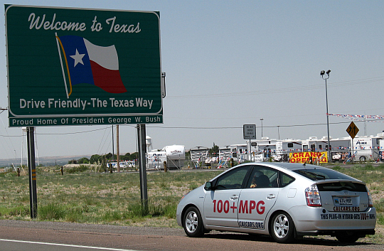 Jim Phillipi drives Texas' first Plug-in Prius across the state line