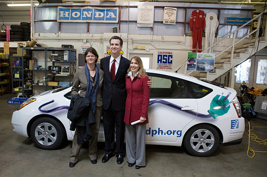 SF MAyor Newsom with RAN's Krill and Bluewater Network's Fugere at Pat's Garage, Feb 2008