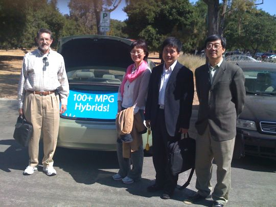 CalCars' Randy Reisinger with two visitors from the Chinese Ministry of Foreign Affairs at Stanford University, September 2008